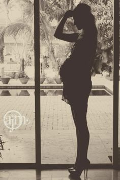 Pregnancy Photoshoot silhouette and heels!