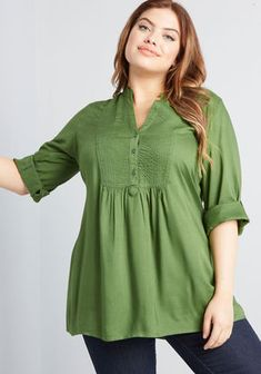 Showcase your style with the selection of plus size tops at ModCloth. Choose from plus size blouses, plus size dressy tops and more! Plus Size Blouses, Plus Size Tops, Plus Size Dresses, Plus Size Outfits, African Blouses, Plus Size Intimates, Looks Plus Size, Moda Casual, Moda Plus Size