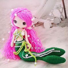 Ava done by FB friend ,so sweet Crochet Amigurumi, Crochet Doll Pattern, Amigurumi Doll, Amigurumi Patterns, Crochet Toys, Knit Crochet, Crochet Patterns, Crochet Fish, Crochet Mermaid