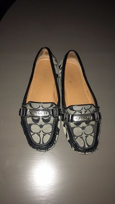 f1c8ee5d391 COACH Signature Logo Canvas Flat Loafers w Leather Trim Women s Size 8 med   fashion