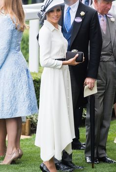 Meghan Markle wears a gorgeous Givenchy dress (again!) just one month after her wedding at the 2018 Royal Ascot event. #meghanmarkle #meghanmarklestyle #royalascot #royalwedding