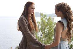 Margaery Tyrell & Sansa Stark - game-of-thrones Photo Margaery Tyrell, Sansa And Margaery, Cersei Lannister, Daenerys, Game Of Thrones Sansa, Game Of Thrones Cosplay, Game Of Thrones Costumes, Game Of Throne Actors, Natalie Dormer