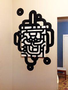 Obra para colección privada. Pintura acrílica sobre tela e intervención con pintura acrílica sobre muro.