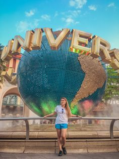 You can take a picture of the globe without an entrance ticket to Universal Studios SG Singapore Guide, Singapore Travel, Travel Deals, Travel Usa, Travel Guide, Travel Around The World, Around The Worlds, Places To Travel, Travel Destinations
