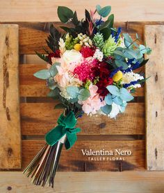 Ramo de novia con flores preservadas Valentina Nero Prom Flowers, All Flowers, Fresh Flowers, Wedding Flowers, Diy Wedding Reception, Flower Boutique, Harry Potter Wedding, Flower Aesthetic, Wedding Pinterest