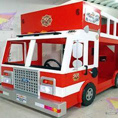 Impresionante camion de bomberos: Habitaciones infantiles de estilo  por camas y literas infantiles kids world