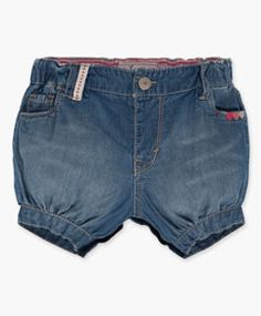 How sweet are these little bubble shorts?  A new arrival in the Spring line from Levis. Newborn Girls Bubble Shorts (3-9 M) - Iced Blue - Levi's - levi.com