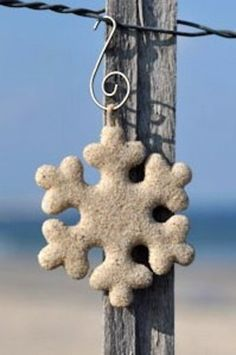 As one of our favorite collaboration with Beachsand Snowflakes, our silvery ornament sparkles like the season itself, filled with your special sand or elements. Christmas Ornament Crafts, Snowflake Ornaments, Snowflakes, Holiday Fun, Christmas Holidays, I Love The Beach, Beach Cottages, Coastal Decor, Wind Chimes