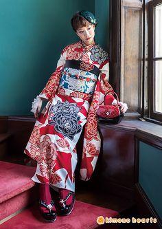 kh-236:ノスタルジック Yukata Kimono, Kimono Fabric, Kimono Dress, Geisha, Japanese Costume, Japanese Kimono, Japanese Outfits, Japanese Fashion, Long Sleeve Kimono