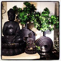 ~via Z Gallerie Buddha Sculpture, Garden Sculpture, Massage Room Decor, Fen Shui, Buddha Meditation, Buddha Art, Do It Yourself Home, Beautiful Space, House Colors