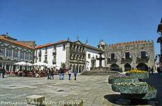 Praça da República - Viana do Castelo - Portugal, via Flickr.
