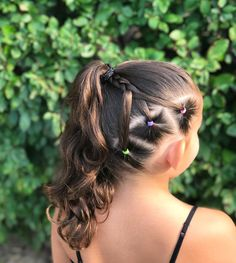 "134 curtidas, 18 comentários - Hairstyles by Genna (@braidsandbeyond1) no Instagram: ""Happy 4th of July! We loved how this star style turned out inspired by @jehat and…"""
