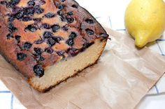 Recept: Citroen en blauwe bessen cake van kokosmeel | 365 Miles to Paris #glutenvrij | Recipe Blueberry Lemon Cake