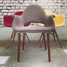 Fauteuil Organique Inspiration Eames En Vente Ici Httpwww - Fauteuil design charles eames