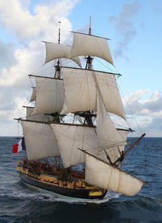 """""""L'Hermione"""", réplique de la frégate de Lafayette  est arrivée aux Etats-Unis !"""