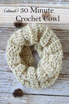 FREE Crochet Pattern: (almost) 30 Minute Crochet Cowl - Make the pretty ribbed…