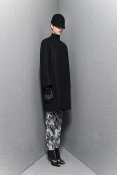 Sportmax Pre-Fall 2013 Collection Slideshow on Style.com
