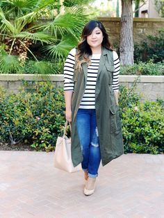 Super Cute Outfit Minus The Sleeveless Green Trench Coat Curvy Style Inspiration Curvy Girl Chic