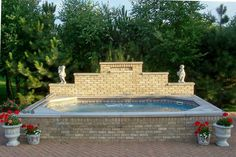 Swim Spa – The Swim Spa can be used as both a relaxing spa and a swimming pool.
