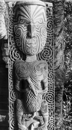 Search million New Zealand items across collections in one place. Polynesian People, Polynesian Art, Antique Art, Vintage Art, Maori Face Tattoo, Maori Patterns, Maori People, Sonia Delaunay, Tiki Tiki