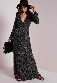 Plunge Maxi Dress Black Star Print - Dresses - Maxi Dresses - Missguided