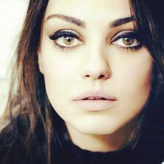 Mila Kunis eye make up. I LOVE her. So beautiful