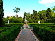Dafnis y Cloe - Jardín de Monforte - Valencia by Antonio Marín Segovia, via Flickr