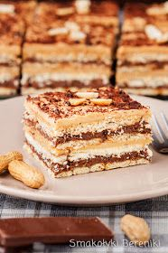 Ciasto z kremem fistaszkowym Polish Recipes, Polish Food, Appetizer Recipes, Appetizers, Argentina Food, Cake Recipes, Dessert Recipes, Sweets Cake, Food Cakes