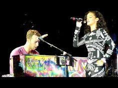 Rihanna ft Coldplay Live acoustic Umbrella @ Paris Stade de France - YouTube