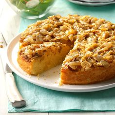 Amish Onion Cake Recipe -This rich, moist bread with an onion-poppy seed topping is a wonderful break from your everyday bread routine. You can serve it with any meat, and it's a nice accompaniment to soup or salad. Amish Recipes, Bread Recipes, Cooking Recipes, Kitchen Recipes, Cooking Tips, Soup Recipes, Vegetarian Recipes, Dinner Recipes, Onion Cake Recipe