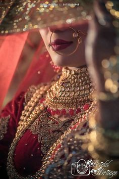 Latest trends in indian bridal jewelry . Indian Bridal Photos, Indian Wedding Poses, Indian Wedding Couple Photography, Bride Photography, Indian Weddings, Indian Bride Poses, Bridal Dress Indian, Indian Wedding Jewelry, Nigerian Weddings
