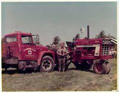 International Harvester Truck, International Tractors, Tractor Implements, Ih, Antique Cars, Trucks, Vintage Cars, Truck, Cars