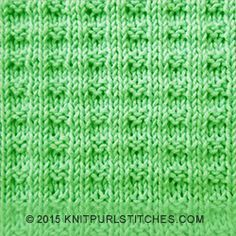 Easy knit and purl pattern. It looks incredibly easy to create, even for beginning knitters.