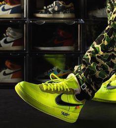 "Clockers Sneakers | Hype 🐐 on Instagram: ""AIR FORCE VOLT💛  💛 FOLLOW @clockersedition.shop   ___________________________________________________________ #sneakers #nike #sneakerhead…"" Air Force, Bathing, Sneakers Nike, Shop, Instagram, Fashion, Bath, Nike Tennis, Moda"
