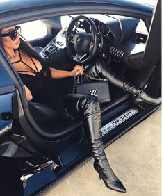 Shoes are one of the pieces that complement the outfit for women. In particular, heels Thigh High Boots, High Heel Boots, Knee Boots, Heeled Boots, Sexy Cars, Hot Cars, Hot High Heels, Sexy Boots, Car Girls