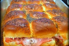 The best ham and cheese sandwich you'll ever eat! These are amazing! Baked Sandwiches, Rolled Sandwiches, Finger Sandwiches, Party Sandwiches, Funeral Sandwiches, Slider Sandwiches, Sandwich Recipes, Super Bowl Party, Super Bowl Essen