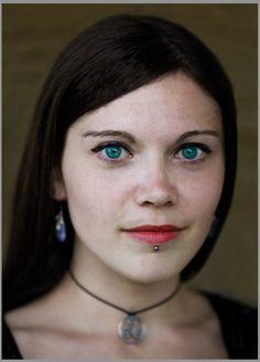 Version de Faustine - yeux bleus
