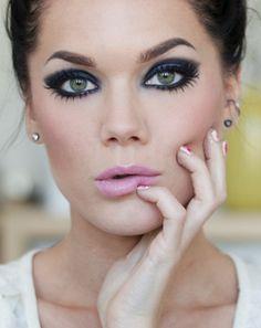 Linda Hallberg makeup look - royal/midnight blue eye shadow and pastel pink lips.