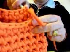 Realizzare una borsa in fettuccia all'uncinetto: 6 lezione il soffietto