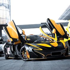 McLaren P1 painted in Black w/ MSO Volcano Yellow accents all over the car… - https://www.luxury.guugles.com/mclaren-p1-painted-in-black-w-mso-volcano-yellow-accents-all-over-the-car/