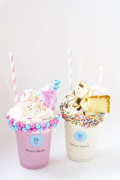 El With Mary Kay - Snacks für gäste - Helados Ideas Dessert Drinks, Yummy Drinks, Yummy Food, Cute Food Wallpaper, Dessert Original, Kawaii Dessert, Unicorn Foods, Milkshake Recipes, Milkshakes