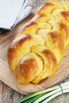 """The post """"Braided Sweet Potato Bread"""" first appeared on The Stay At Home Chef on February 2013 The rain was pouring outside. I was snuggled up in a blanket eating moist and tender bread and… Flour Recipes, Bread Recipes, Cooking Recipes, Braided Bread, Bread Bun, Homemade Rye Bread, Homemade Butter, Sweet Potato Bread, Sweet Potato Rolls"""
