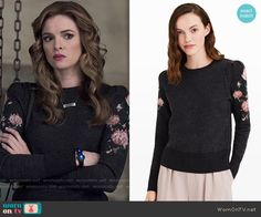 Caitlin's grey sweater with rose print sleeves on The Flash.  Outfit Details: https://wornontv.net/64777/ #TheFlash