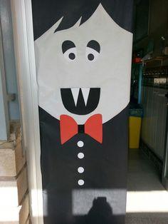 1000 images about decoraci n puertas para cole on for Decoracion puertas halloween
