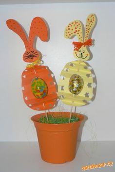 Zajíček s vajíčkem a vajíčko s vajíčkem