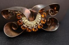 BEAUTIFUL VINTAGE STERLING SILVER PIN BROOCH AMBER STONES AND CLEAR CZ LARGE
