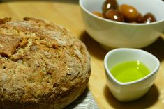 www.cookandfeel.gr efkolo-psomi-olikis-alesis Bread Bun, Muffin, Homemade, Breakfast, Brot, Morning Coffee, Home Made, Muffins, Cupcakes