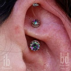 """ianmbell: """"Quite possibly the fanciest Rook Piercing I've ever done. All being taken care of with """" Double Tongue Piercing, Double Cartilage Piercing, Barbell Piercing, Piercing Tattoo, Tongue Piercings, Tongue Rings, Nose Rings, Tragus, Septum"""