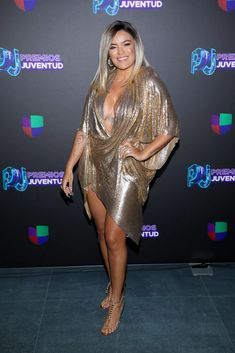 Univision's Premios Juventud gathered the hottest Latinx celebs on Thursday night — and if you don't believe me, just take a look at the red carpet Latino Girls, Crush Pics, Cute Pokemon Wallpaper, Attractive Girls, Latin Music, Prom Dresses, Formal Dresses, Woman Crush, Red Carpet