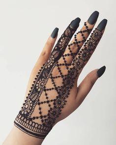 Henna Hand Designs, Dulhan Mehndi Designs, Mehandi Designs, Mehndi Designs Finger, Modern Henna Designs, Henna Tattoo Designs Simple, Latest Bridal Mehndi Designs, Full Hand Mehndi Designs, Mehndi Designs For Beginners